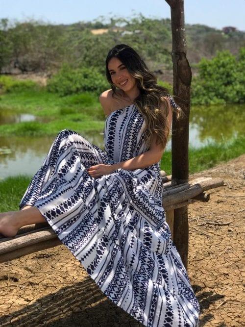 vestido asturias de una sola manga y arandelas